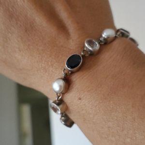 Jewelry - Sterling silverl bracelet